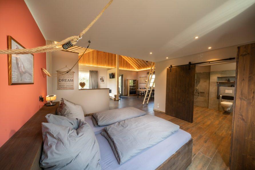 baumhaus-fasan-schlafbereich